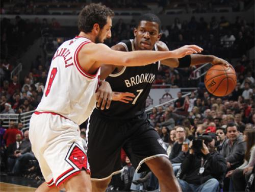 Bulls Force Nets Into Turovers, Pull Out Hard-Fought Win Over Nets