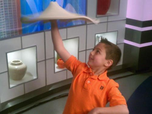 2 In The Kitchen: 7-Year-Old Pizza Tosser Is A Phenom
