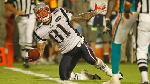 Patriots Offer Free Jersey Trade for Hernandez Shirts