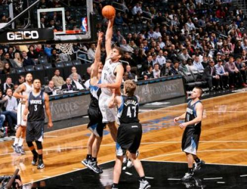 Short-Handed Timberwolves Knock Nets Senseless In 4th Quarter